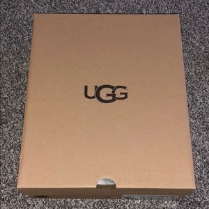 🎀UGG BOOTS BRAND NEW🎀
